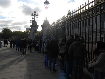 Title buckingham-palace-morning